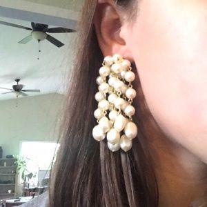 Jewelry - Beautiful pearl earrings!